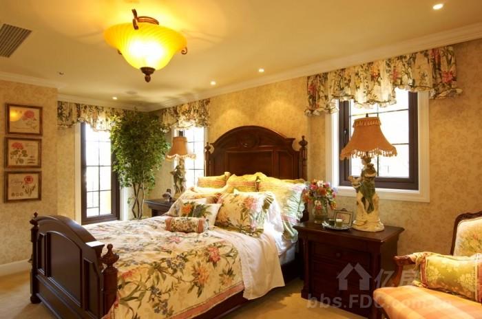 清新/出镜产品:手绘墙、窗帘、台灯等;...