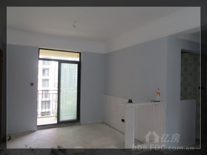 背景墙,木板会刷成深一些的蓝色