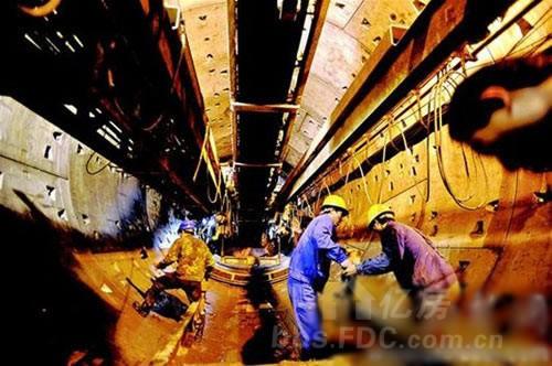 王家湾地铁站9月完工,明年现6层混合 立交
