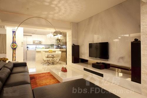 大理石装修电视背景墙彰显大气奢华