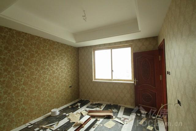 等定制的木线条及护墙板