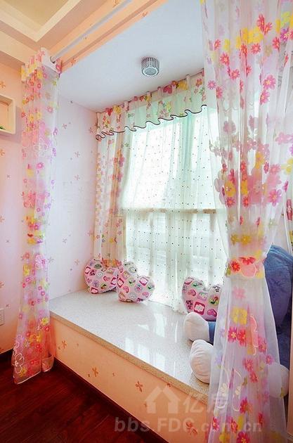 很好的装饰效果 飘窗窗帘安装方法三:室内侧装窗帘杆
