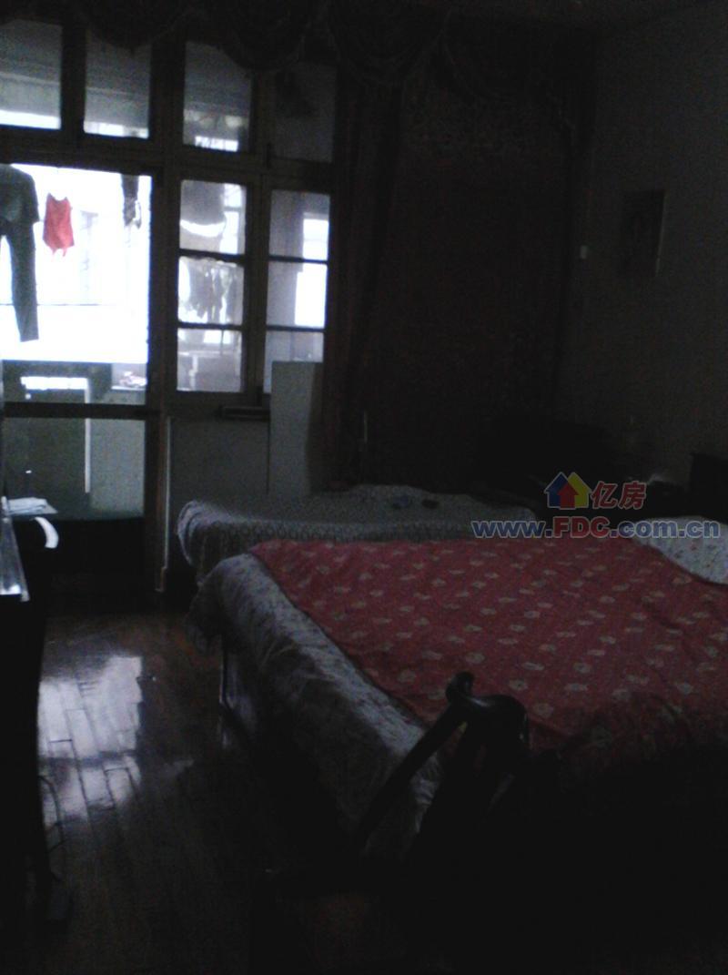 市政宿舍二手房出售,2室1厅,街道口珞狮北路武大市政宿舍出售,