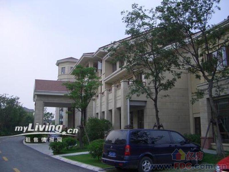 保利十二橡树庄园最大面积独栋别墅400万元超低价甩卖!