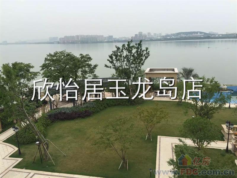 武汉顶级豪宅长岛别墅一线临湖独栋自带私家游艇码头