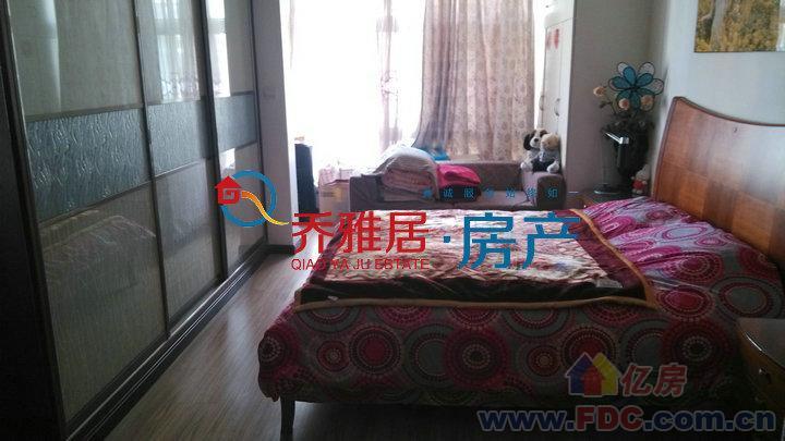 丽江城电杆装接线到电表图片