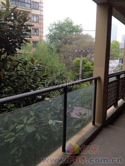 房屋景观阳台设计