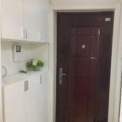 锦绣龙城精装修标准一室一厅低价出售