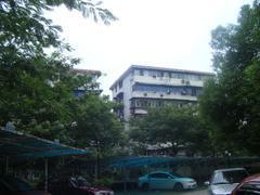 赫山小区   紧邻车站地铁口  对口楚才小学 中学  老证无税