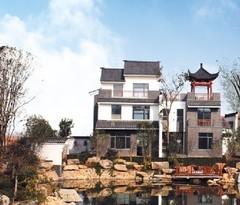 盘龙湾纯中式全新装修双拼别墅256平500万带200平大花园