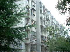 东湖高新区 津发小区 4室2厅2卫158.0㎡