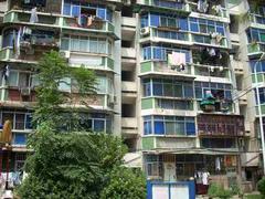 青山区 红钢城片 121街坊 2室1厅1卫  63㎡