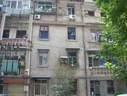 青山区 红钢城 19街坊 2室2厅1卫  107㎡
