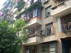 青山区 红钢城片 24街坊 2室1厅1卫 64㎡