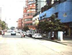 青山区 建二 51街坊 中间楼层3室1厅豪装无税出售