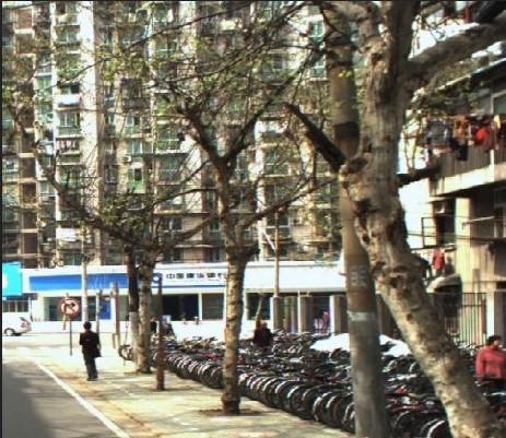 周边配套 公共交通 房源描述   光华路光华社区品字形二房出售  房子