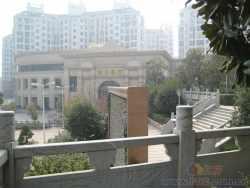 多层花园洋房一线临湖 巨大阳台
