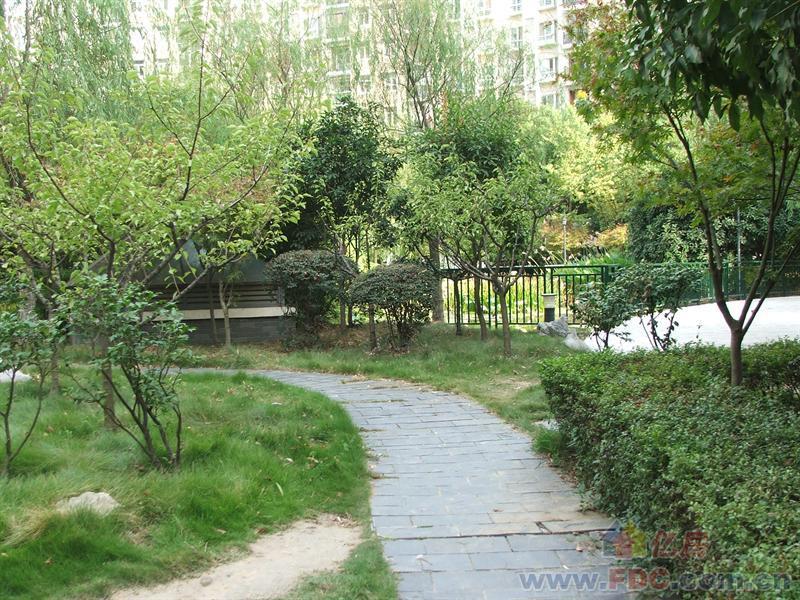 房子两证满五唯一,武汉江岸区后湖百步亭百步亭花园路147-158号二手房2室 - 亿房网