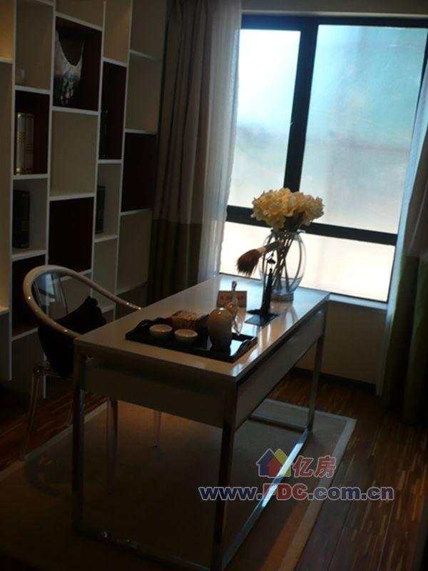 武汉新房 东湖高新区 > 丽岛美生  106背景墙 户型图a1 106.