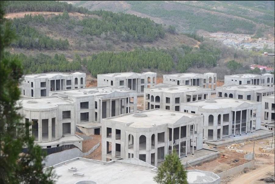北京郊区现亿元豪华别墅